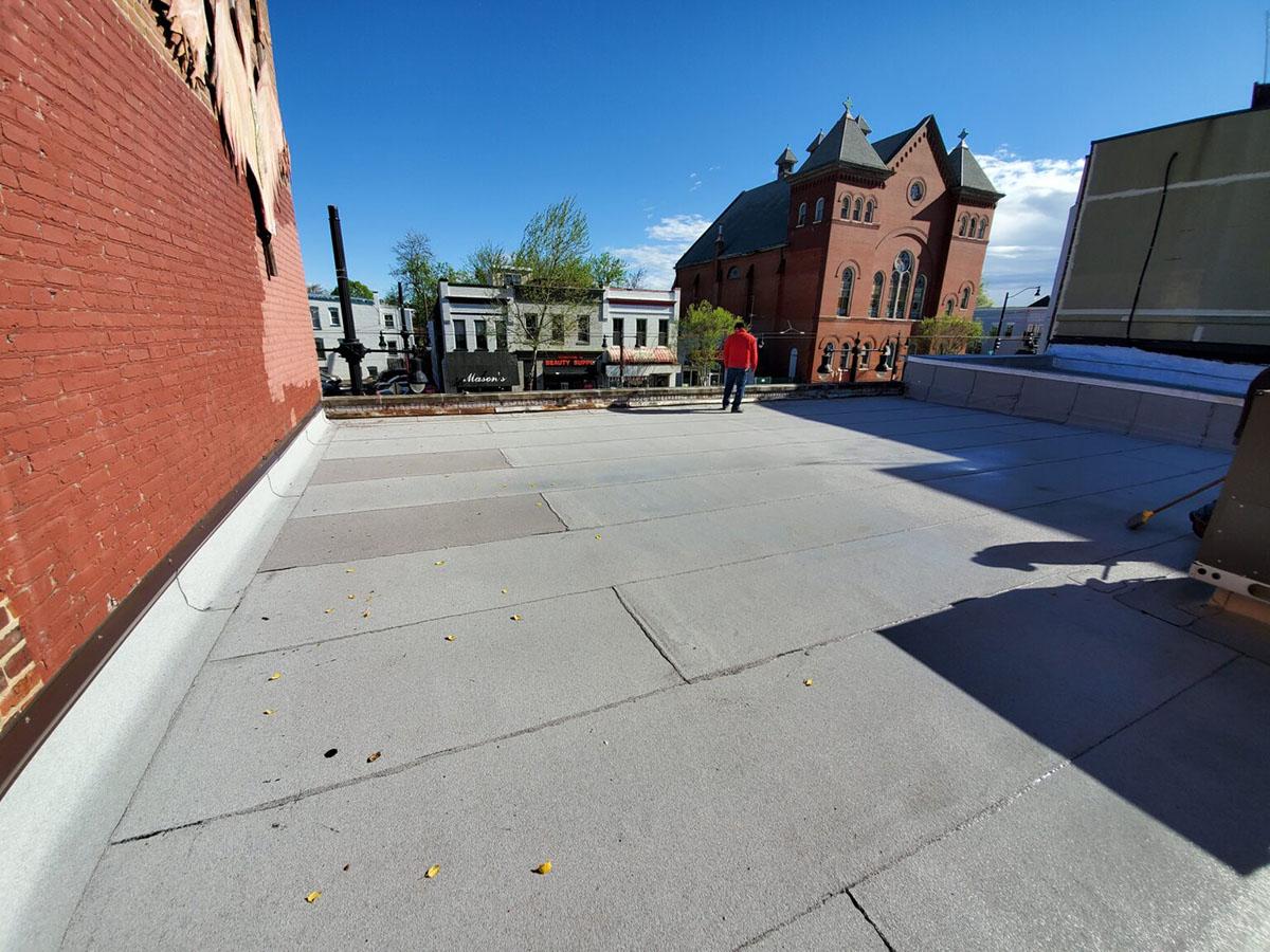 flat-roof-walking-inspection